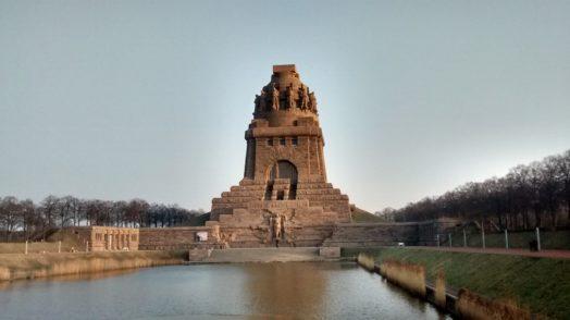 Frontansicht des Völkerschlachtdenkmals