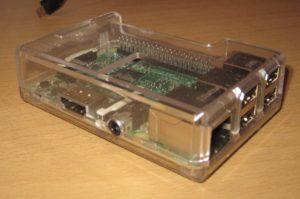 Der Raspberry Pi 3 in einem Gehäuse